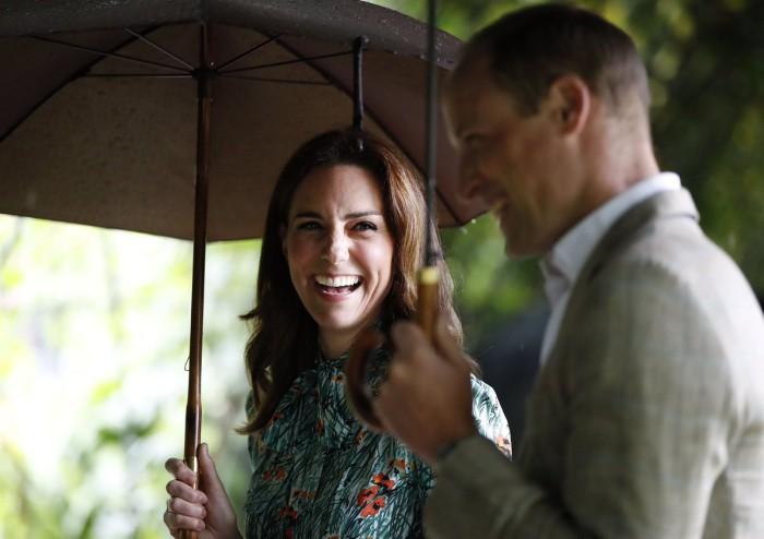 Los duques de Cambridge anuncian que su tercer hijo nacerá en abril