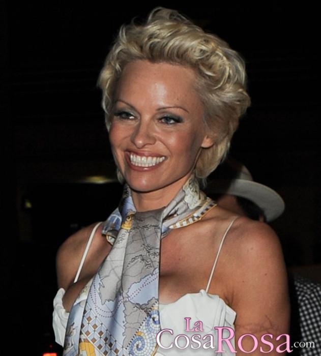 Pamela Anderson opina que las víctimas de Harvey Weinstein no debían haberse quedado a solas con él
