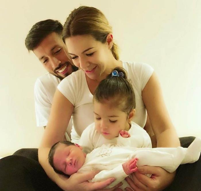 Tamara Gorro muestra la cara de su hijo Antonio