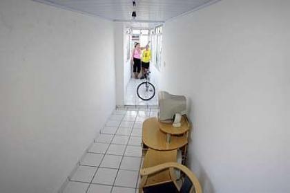 narrow-house-05.jpg