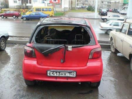 coche_incendio_colilla_cigarro_fumarb