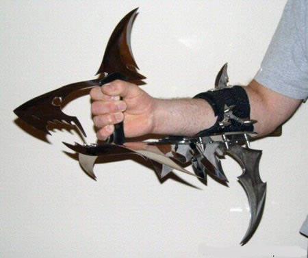 a97049_g028_7-shark2.jpg