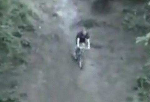 accidente_bicicleta_pendiente_montana_golpe