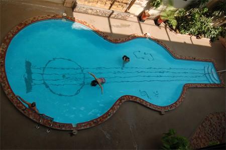Piscina-Guitarra