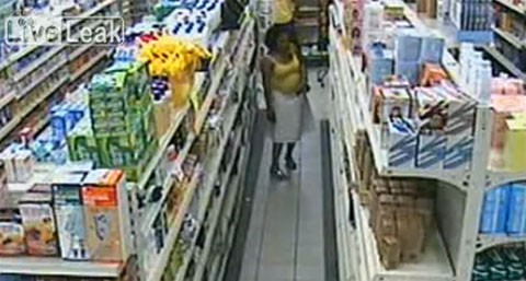 robo-hurto-supermercado-mujer-entrepierna