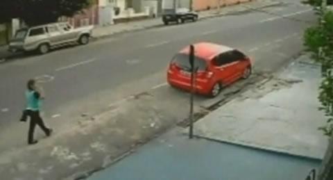 accidente-mujer-brasil-sobrevive