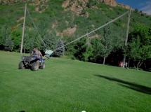 Una família de Utah crea un tirachinas humano