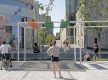 Las calles de Montreal estrenan columpios musicales