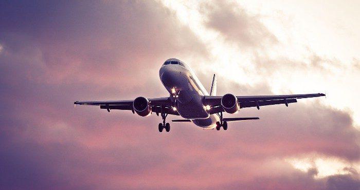 La velocidad máxima de los aviones