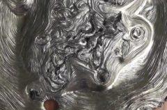 Qué ocurre si mezclas plomo fundido con Coca-Cola