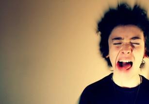 Por qué los gritos dan miedo