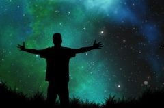 Yuri Milner y Stephen Hawking colaborarán para buscar vida extraterreste