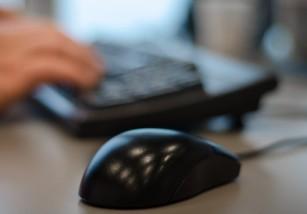 Trabajar más de 25 horas semanales podría ser malo para la salud