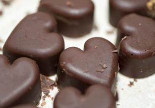 Así se disminuye la grasa del chocolate utilizando campos eléctricos