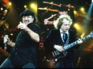 AC/DC venden todas las entradas de pista para Sevilla