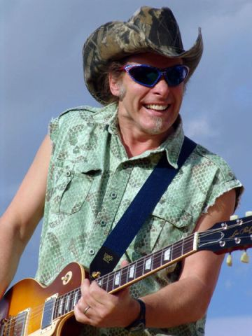 450px-ted_nugent_in_concert.jpg
