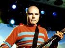 Billy Corgan, de Smashing Pumpkins, se desmaya en el escenario