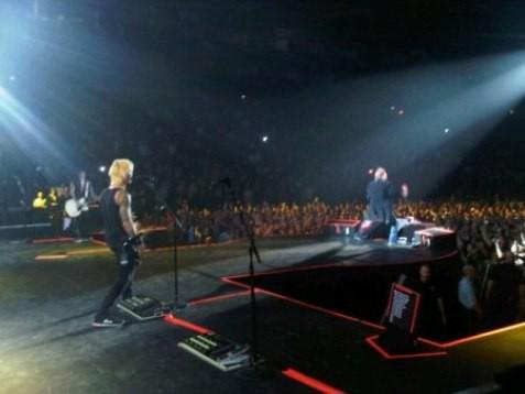Duff McKagan tocó con Guns and Roses diecisiete años después