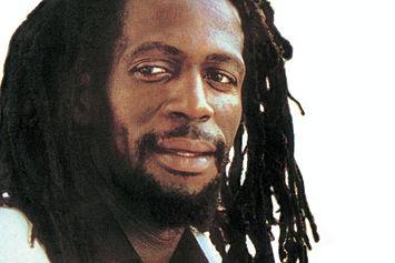 Gregory Isaacs, leyenda del reggae, fallece a los 59 años de edad
