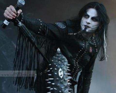 Dimmu Borgir, algo más que black metal