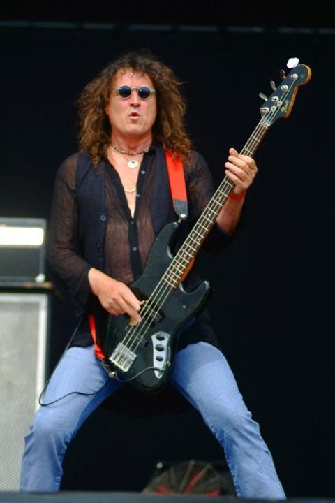 Phil Kennemore, bajista de Y&T, fallece a los 57 años de edad