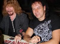 Medina Azahara Manuel Martínez y Paco Ventura firmando