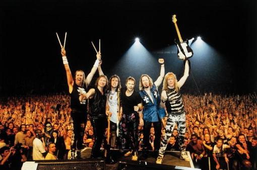 "Bruce Dickinson comenta que Iron Maiden grabarán ""al menos un disco más"""
