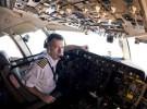 Bruce Dickinson y su faceta de piloto de aviones