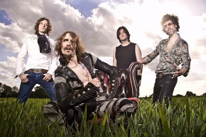 """The Darkness, escucha """"Nothing´s gonna stop us"""""""