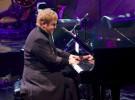 """Elton John, primeras declaraciones sobre """"The Diving Board"""" su nuevo disco"""