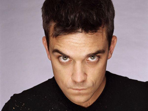 Robbie Williams consigue el número uno en listas británicas