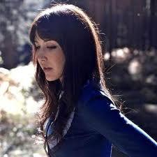 """Anni B. Sweet publica """"Ridiculous Games"""", con su primera canción en español"""