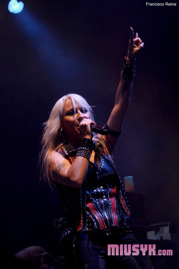 Doro y Seven en la sala Caracol (Madrid): ¡larga vida a la Reina del Metal!