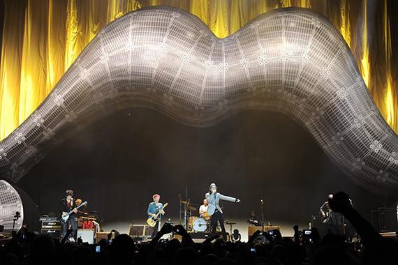 Eric Clapton y Florence Welch tocan con los Stones en Londres