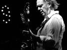 Neil Young comenta Earth, su próximo disco en directo