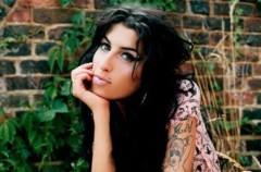 Caitlin Moran, ensayo sobre Amy Winehouse
