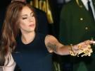 Lady Gaga comenta su lesión de cadera y «Applause», su nuevo single