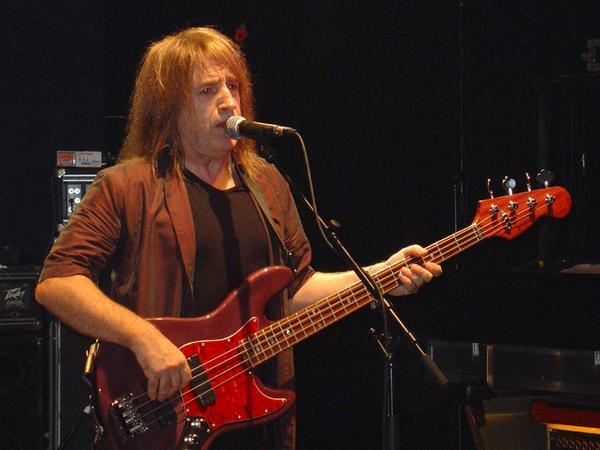 Uriah Heep, su bajista Trevor Bolder será operado en breve