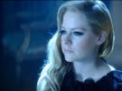 Avril Lavigne demanda a una compañía de streaming de conciertos