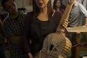 Alhambra Reserva 1925 presenta a la luthier Amalia Ramírez en #artexdescubrir
