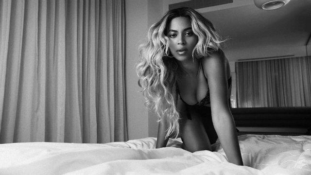 Beyoncé ha publicado hoy por sorpresa su quinto disco