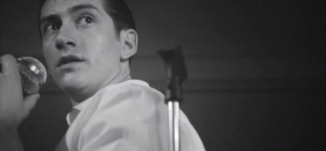 Arctic Monkeys estrenan un videoclip en blanco y negro para 'Arabella'