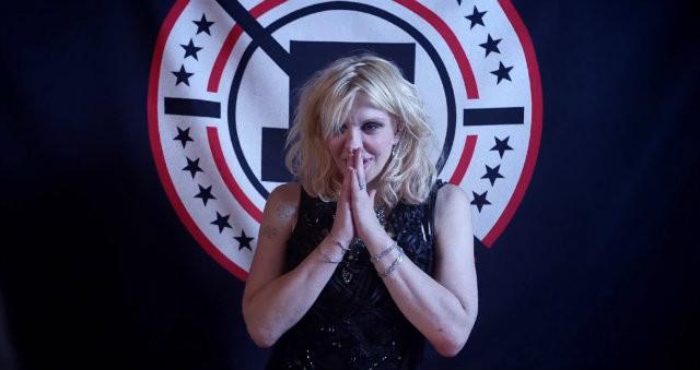 Courtney Love repasa sus obsesiones tras cumplir cincuenta años
