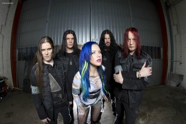 Arch Enemy Alissa White-Gluz 2014 nueva formación promo