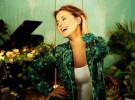 Victoria Riba publica el videoclip de 'Mírame'