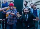 Un despiste del presentador Javier Limón filtra imágenes inéditas del spot de San Miguel