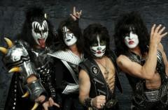 """Tommy Thayer de Kiss: """"Hay un gran silencio cuando tocamos canciones menos conocidas"""""""