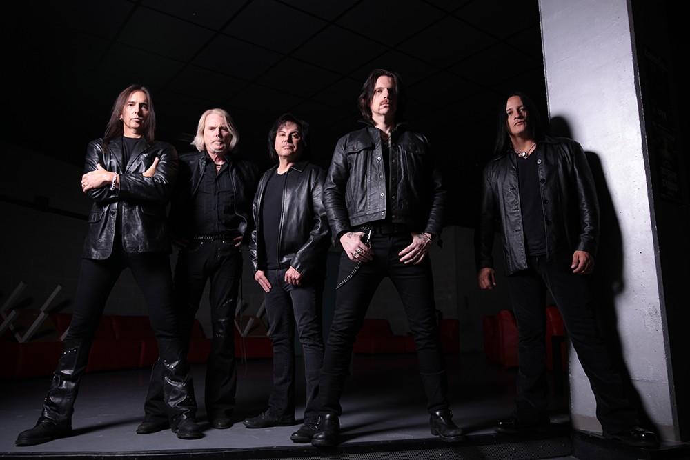 """Ricky Warwick, de Black Star Riders,: """"No necesitamos apoyarnos en los hits de Thin Lizzy para triunfar"""""""