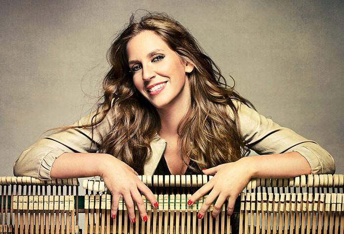 María Toledo estrena videoclip para 'Tangos retrecheros'