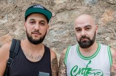Piezas & Jayder responden a la polémica por su videoclip 'Huir o morir', grabado en una capilla